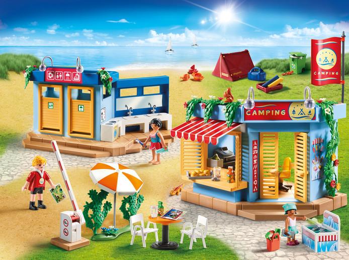 Cette année, les Playmobil vont au camping.