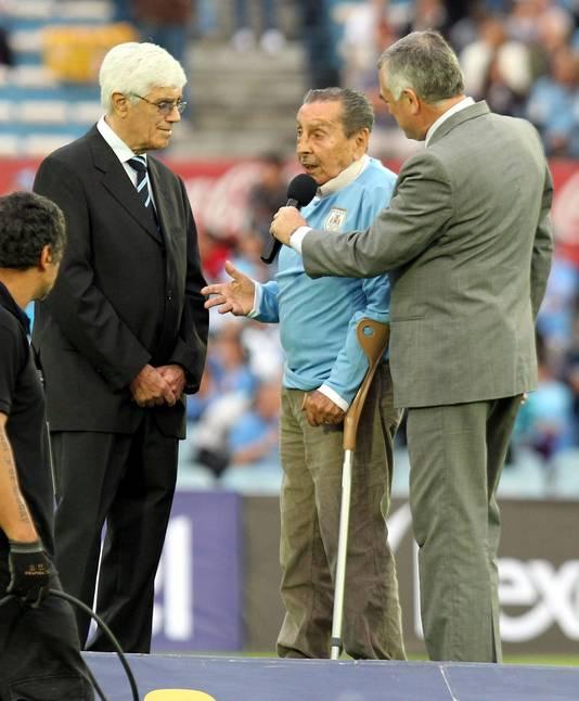 Alcides Ghiggia, celui qui a offert la coupe du Monde à l'Uruguay en 1950.