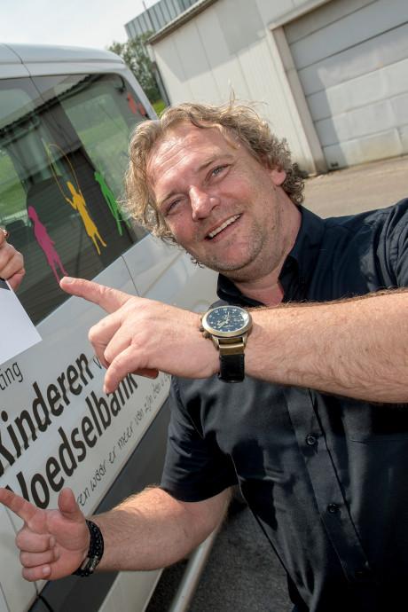 Metallica geeft gul aan stichting Kinderen van de Voedselbank in Dodewaard