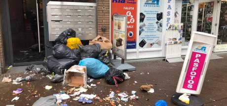 Ondernemers Wagenstraat in Haagse binnenstad woest: 'Wij zijn gewoon het afvalputje'