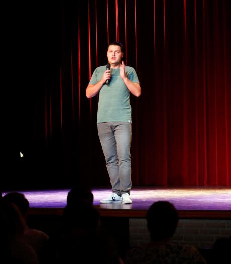 Arian Compen is de Kei Grappigste op humorfestival in Reusel