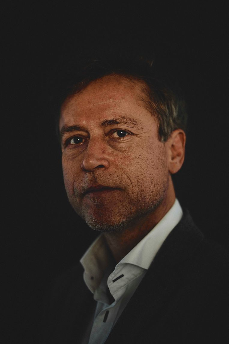 'Belgen voelen zich meer deel van het continent en doen wat er in Frankrijk wordt gedaan: alles dicht.' Beeld Joris Casaer.