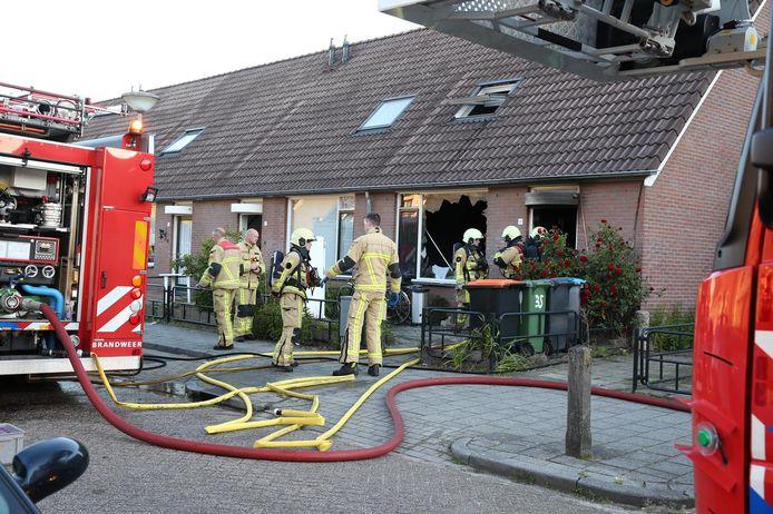 De beschadigde woning in Almelo