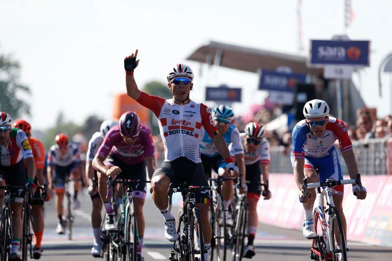 Calew Ewan wint voor Arnaud Démare en Pascal Ackermann.
