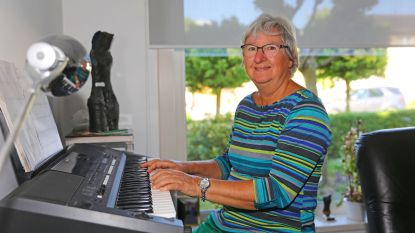 """Linda (69) uit Essene zit in finale van corona-Songfestival: """"Primitief opgenomen maar wel authentiek"""""""