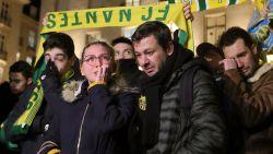 Indrukwekkend eerbetoon van Nantes-fans aan vermiste Sala