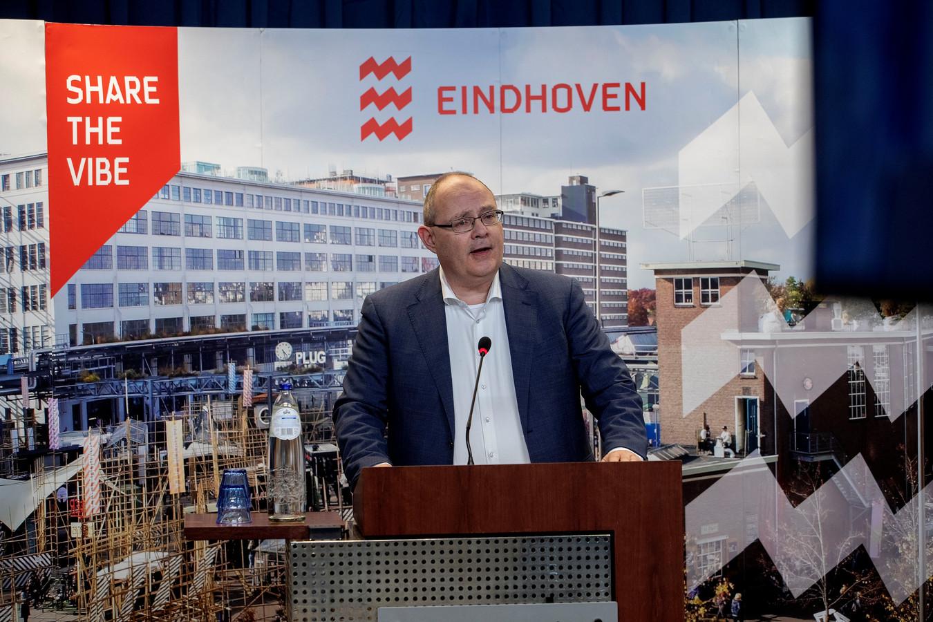 De Eindhovense wethouder Marcel Oosterveer.