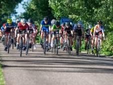 Jong wielertalent pik je er zo tussenuit op Tour de Junior in Achterveld