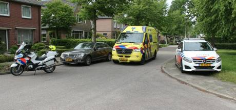 Vrouw gewond naar ziekenhuis na ongeluk in Nijverdal