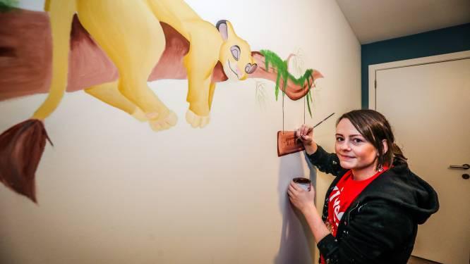 """Pediatrisch verpleegkundige Celine (25) schildert muurkunst in kinderkamers: """"De coronaperiode haalt iets positief in me naar boven"""""""