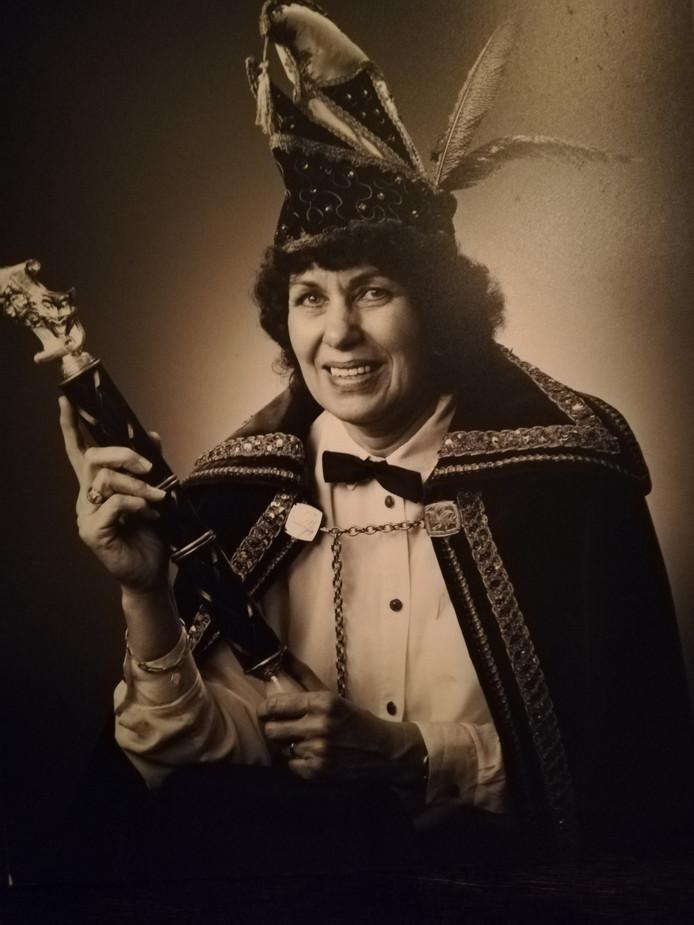 Anny Krukkert was hoogstwaarschijnlijk de eerste Prinses Carnaval in Twente. In 1991 zwaaide ze de scepter bij De Sükkewottels in Haarle.