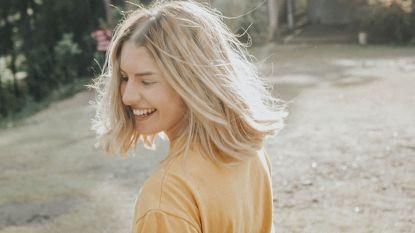 5 manieren om je zelfzekerder te voelen (zónder dat je ervoor naar de fitness moet)