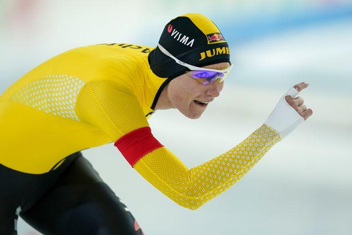 Carlijn Achtereekte tijdens haar wedstrijd op de 3000 meter.