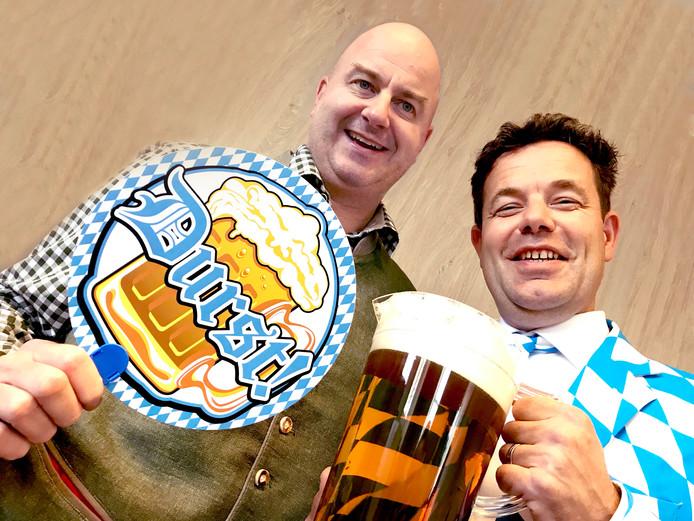 Fred en Martijn, de organisatoren van het Houtense Oktoberfest.