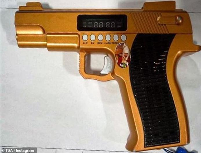 Het is een radio, maar op de scan-apparatuur van de TSA ziet het er heel anders uit...