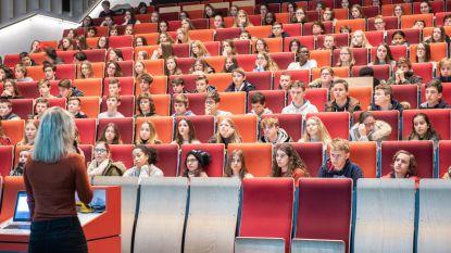 1.100 leerlingen van Bernardusscholen leren de valkuilen van het internet kennen