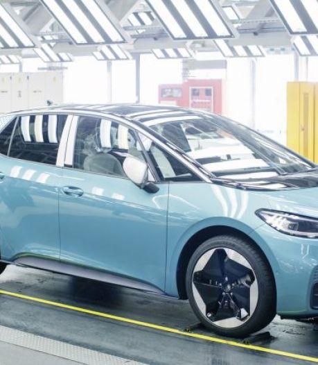 Softwareprobleem: elektrische Volkswagen komt in uitgeklede vorm op de markt