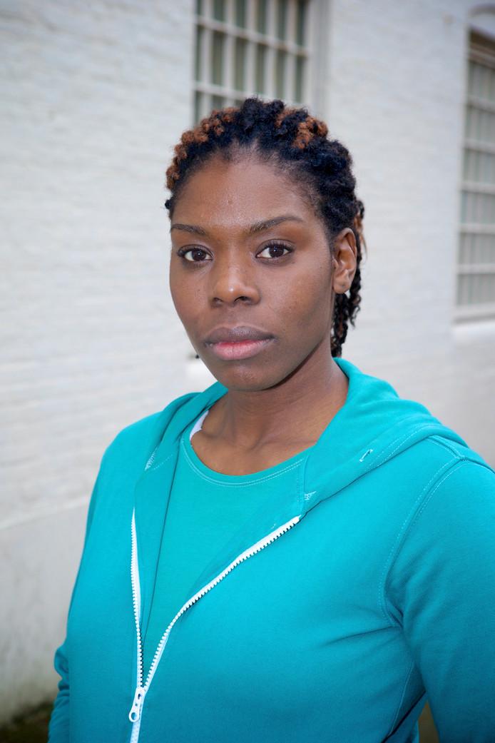 Imanuelle Grives in 2014 tijdens de opnames van Celblok H., een dramaserie over een vrouwengevangenis
