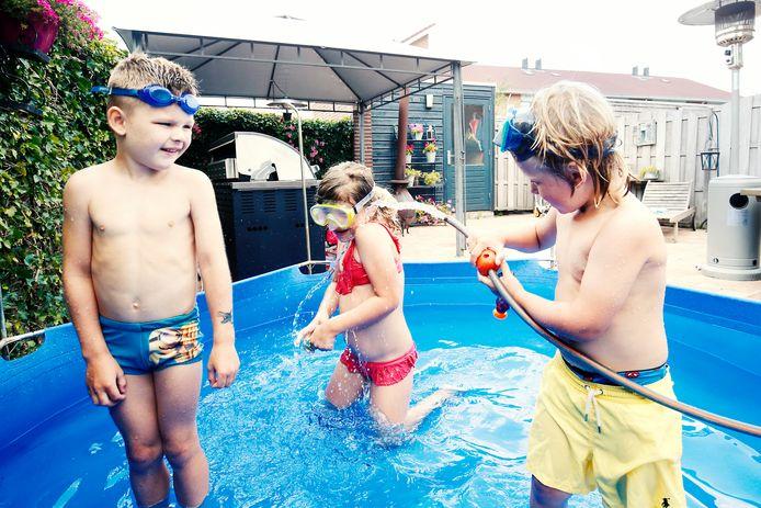 Zelfs voor zwembadjes in de tuin heeft Oasen meer dan genoeg water