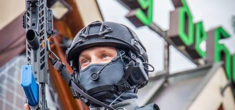 Gegil en schoten in Groesbeekse discotheek: politie oefent met arrestatieteams extreem geweld