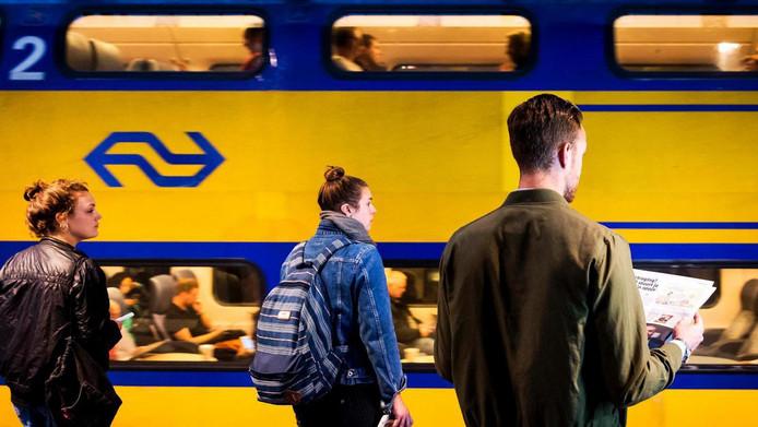 Acht dagen lang rijden geen treinen tussen Utrecht en Rotterdam.