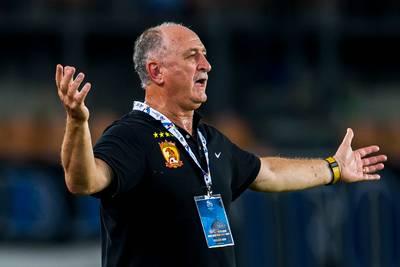 Scolari verlaat Guangzhou Evergrande en hoopt nog op WK