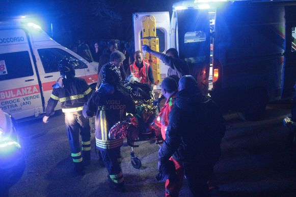 Tijdens de paniek vielen er zes doden.