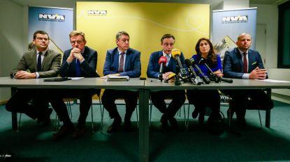 Letterlijk: de ontslagbrief van de vijf voormalige ministers en staatssecretarissen van N-VA