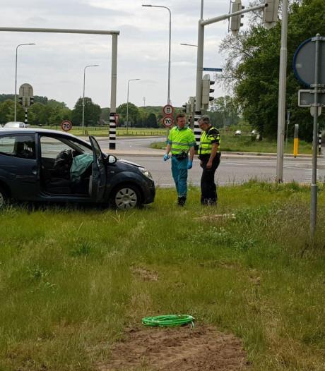 Auto's botsen op elkaar in Doetinchem, één gewonde