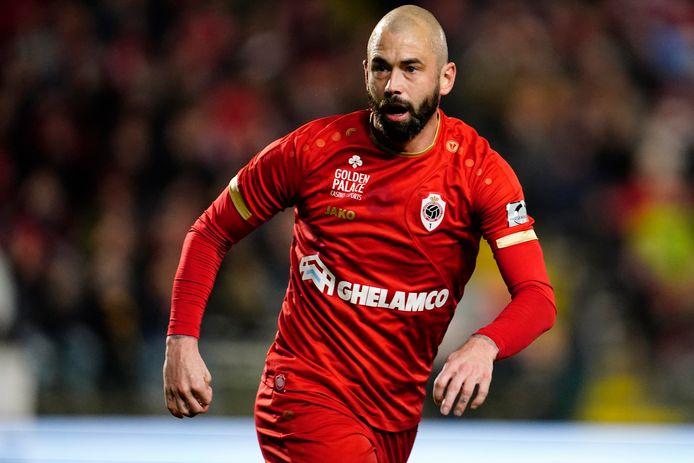 Steven Defour in het shirt van Antwerp.