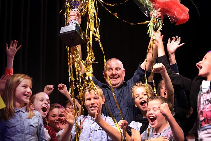 BN de Stem Onderwijsgala. Peter van Ginderen wordt verkozen tot 'Concierge van het Jaar'.