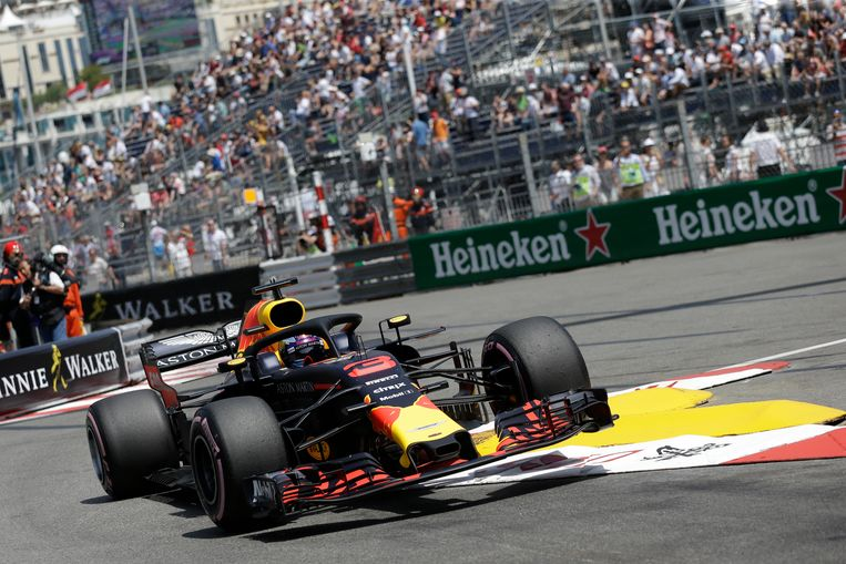 Daniel Ricciardo op het circuit van Monaco.