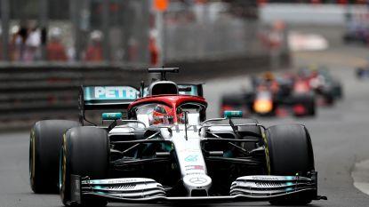Hamilton huldigt Lauda op gepaste wijze en wint GP van Monaco na beklijvende strijd