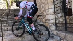 VIDEO. Showman Peter Sagan etaleert techniek op stage in Mallorca