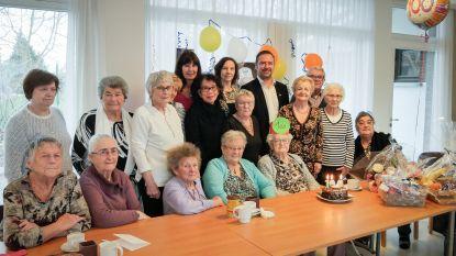 """Margueritte viert eeuwfeest in het dienstencentrum: """"Lang leven door veel te wandelen"""""""
