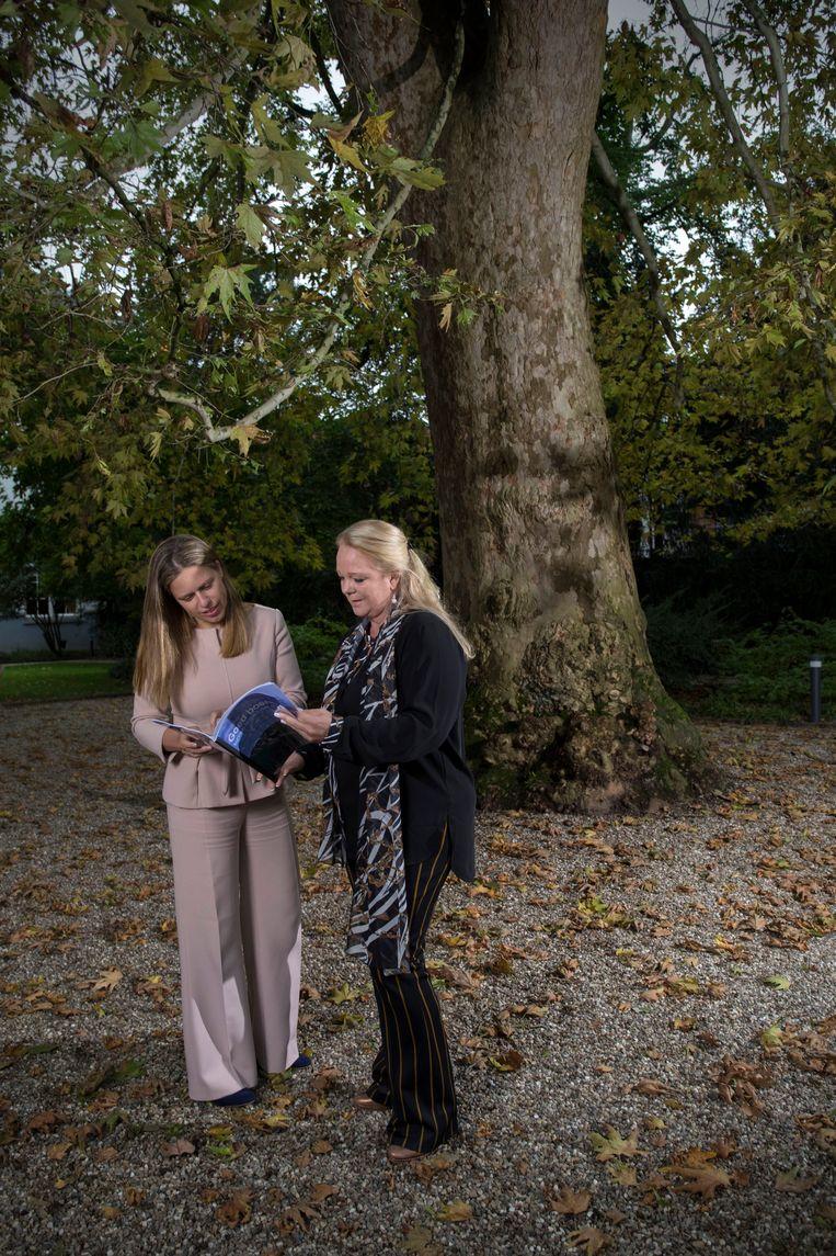 Carola Schouten en Hester Maij. Beeld Werry Crone