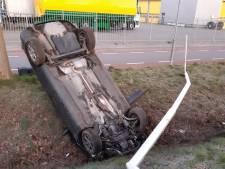 Politie zoekt man met bebloed gezicht na ongeluk in Groenlo: 'Ernstig zorgen om zijn gezondheid'