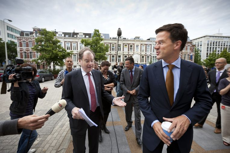 VNO-NCW-voorzitter Bernard Wientjes vorig jaar in gezelschap van premier Rutte tijdens het afronden van het pensioenakkoord. Beeld anp