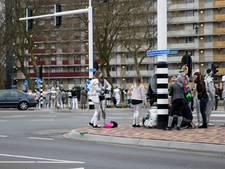 Jongeren vallen van praalwagen in Helmond
