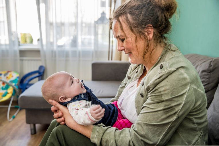Nicole Liefhebber kreeg zeer onverwachts een baby.