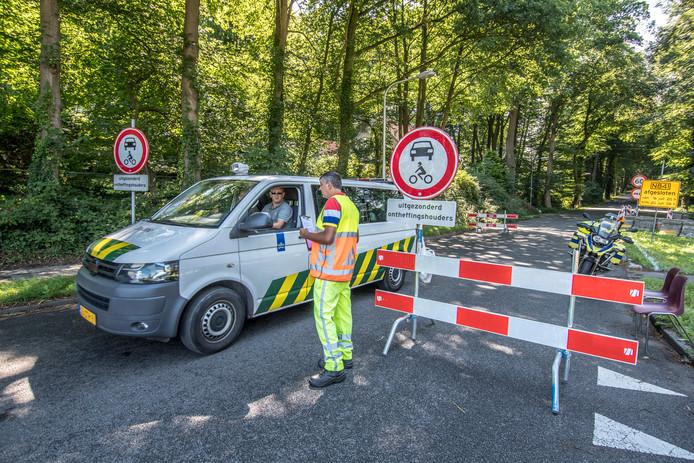 De Zevenheuvelenweg in Groesbeek gaat weer voor een paar dagen dicht.  Archieffoto Theo Peeters
