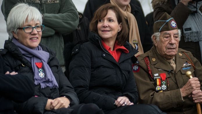 Denise Campbell Bauer (midden), de Amerikaanse ambassadeur in Brussel.