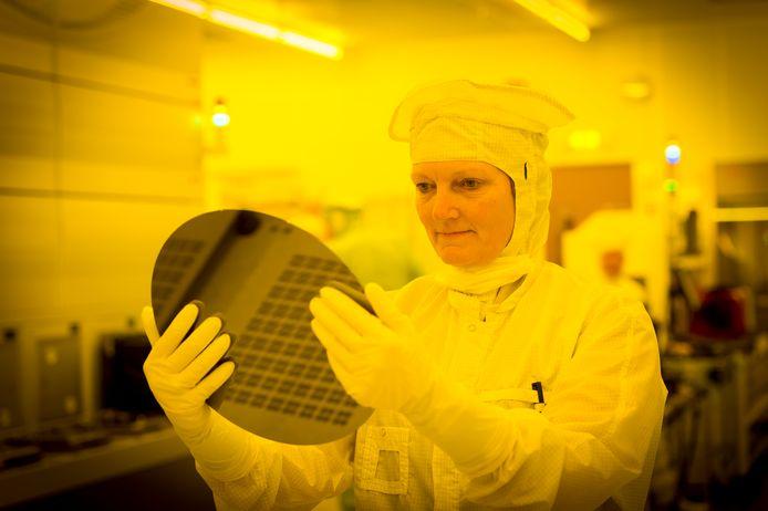 De omzet bij chipfabrikanten daalt dit jaar.