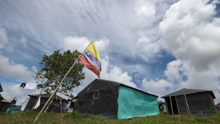 FARC-tenten bij de Transitie Standariseringszone Mariana Paez in Buena vista, Mesetas in Colombia.