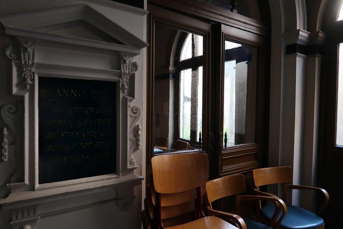 De hal van het Penninckshuis aan de Brink 89 in Deventer. Foto Erna Lammers