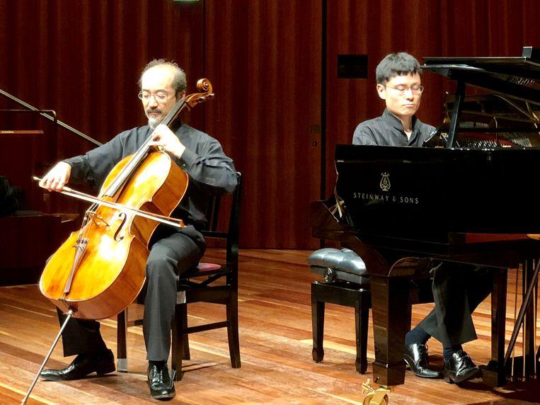 Begin oktober gaf de Japanse cellist Yutaka Hayashi vier concerten in twee Japanse steden. Op 23 november is hij te gast in Halle.
