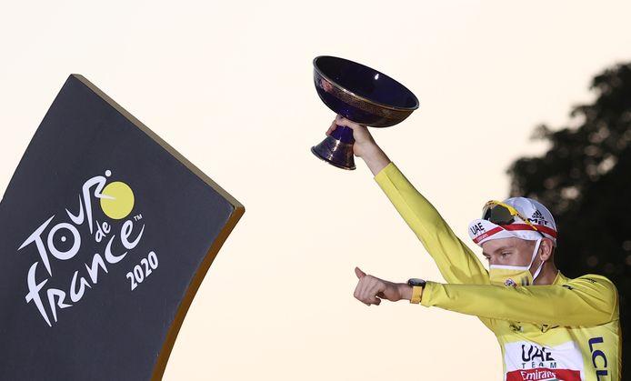 Tourwinnaar Tadej Pogacar wordt vandaag 22 jaar.