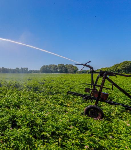 Verbod op sproeien met water uit  rivier vanwege extreme droogte