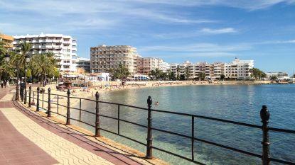 Meisje (3) vecht voor leven na inslikken van achtergelaten xtc-pil in speeltuin op Ibiza