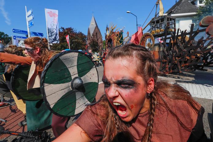 Vriendenkring Hopeloos - De Vikingen komen - Vlucht nu het nog kan